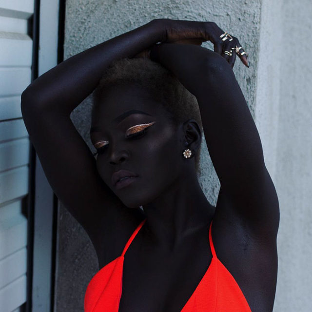 Sudanese model queen of the dark nyakim gatwech 26 5959ef15f2ac1__700.jpg
