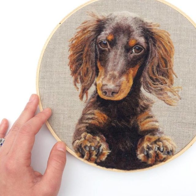 Artist draws realistic portraits using embroidery technique 599dbd7b8ee6e__880.jpg