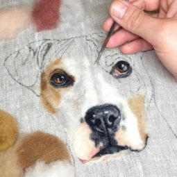 Artist draws realistic portraits using embroidery technique 599dbda70583b__880.jpg