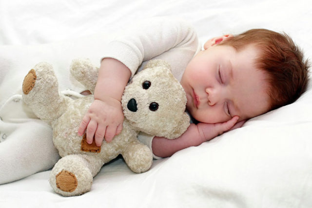 Baby sleeping on side. is it safe.jpg