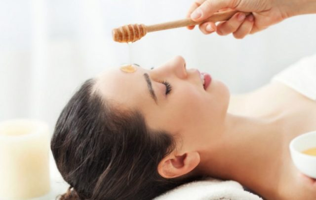 Diy munuka honey facial e1434953150879 1200x762_c.jpg