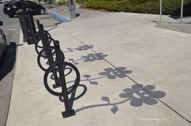 Fake shadow street art damon belanger redwood california 6 599bf2710e810__880.jpg