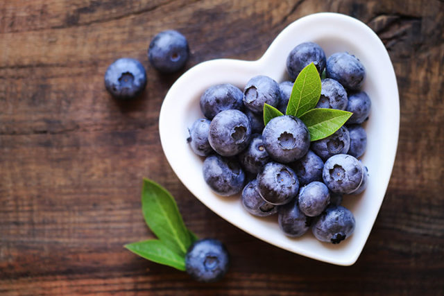 Delightful health benefits of blueberries for babies.jpg