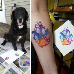 The paws of the dogs are being tattooed on their owners and the result is adorable 59b65897ef2cd__700.jpg