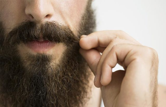10 diy beard oil recipes.jpg