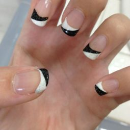 5 french manicure.jpg