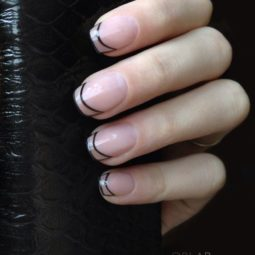 7 french manicure.jpg