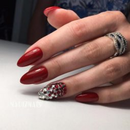 Autumn nail designs deep red color silver rhinestones hand art almond shape 500x500.jpg
