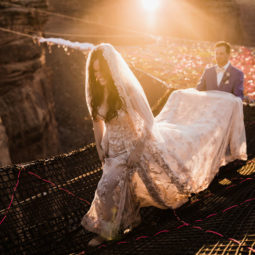 Marriage done at 120 meters high will take your breath away 5a65ac0331f27__880.jpg