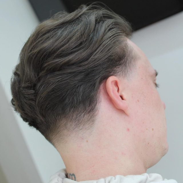 Sean_the_barber_ mens hair trends 2018 taper haircut with flow neck fade e1510167672724.jpg