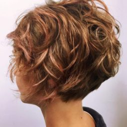 Stylish messy hairstyles for short hair women short haircut ideas 7.jpg