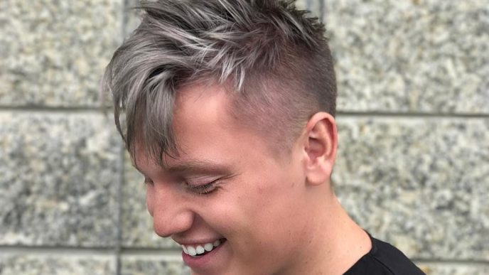 Taya.hair cool hairstyles for men 2018 messy e1510266327291.jpg