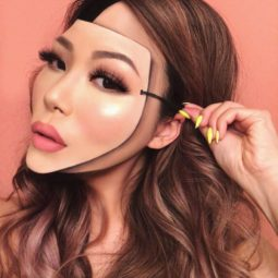 Makeup artist back to amazing the internet with her incredible makeup new pics 5aaf1c5d09bda__880.jpg