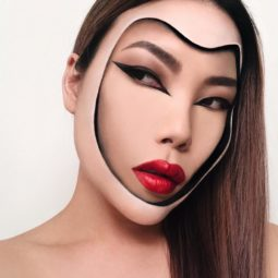 Makeup artist back to amazing the internet with her incredible makeup new pics 5aaf1cc4c8d8b__880.jpg