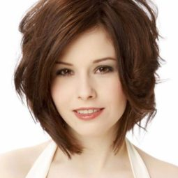 Short haircuts for thick wavy hair.jpg