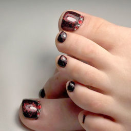 Toe nail art ideas 16.jpg