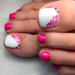 Toe nail art ideas 4.jpg