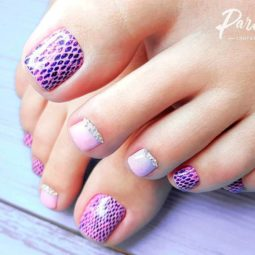 Toe nail art ideas light pink blue snake skin rhinestones.jpg