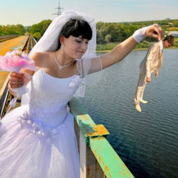 Funny weird russian wedding photos 5 5ac71bf982bed__605.jpg