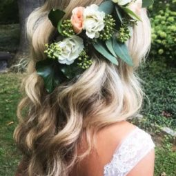 Wedding hairstyle trends green flower crown caitlynmeyermua 333x500.jpg