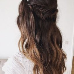 Wedding hairstyle trends half up with fish braid sabrinadijkman 333x500.jpg