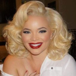 12 marilyn monroe inspired curly bob.jpg