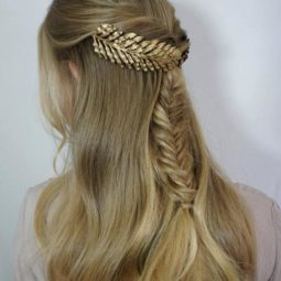 14 decorated fishtail halfupdo.jpg