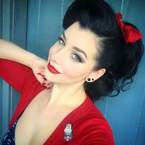 8 pin up ponytail with a red bow 1.jpg