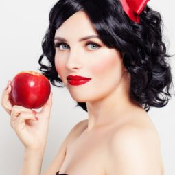Diy snow white halloween costume woman 1539011621.jpg