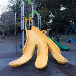 Funny children playground design fails 19 5c35d3016c7a6__605.jpg