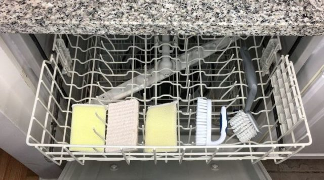 9 things you can wash in your dishwasher.jpg