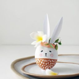 Easter bunny egg shell vase craft 1550785679.jpg
