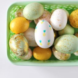Fruit stamped easter egg decoration idea 1551203099.jpg