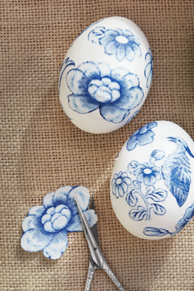 Toile easter egg decorating ideas 1519767104.png