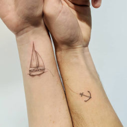 Matching tattoo ideas 16 5ce53e32a38e9__700.jpg
