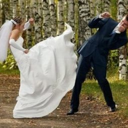 Bride fight with groom funny wedding.jpg