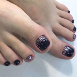 Toe nail colors amazing designs black glitter gredient.jpg