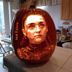 Cool pumpkin carving arya.jpg