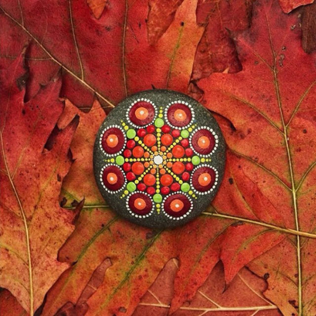 Mandala stones with fall motif.jpeg