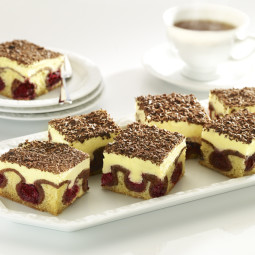 7.1 The Danube Waves Cake with cherries