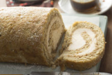 Banana bread cream cheese roll_02.jpg