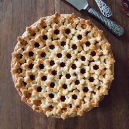 Pie crust design before after karin pfeiff boschek 22 59d1e8eab3e37__700.jpg