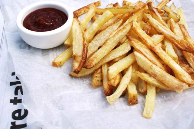 Oven baked fries a.jpg