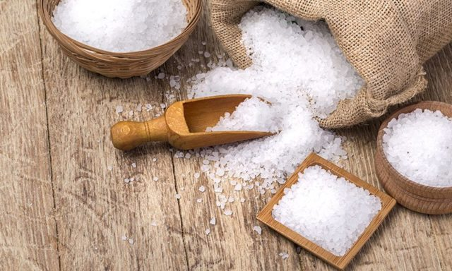 Salt sacks on wooden background_800_480_85_s_c1.jpg