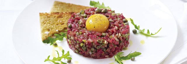 Rc_b353_steak_tartare 1600x552.jpg