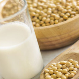 Soybean milk_shutterstock_300