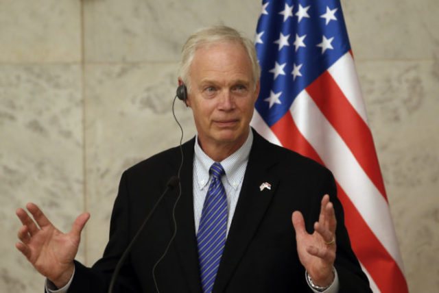 369580_ron johnson 676x452.jpg