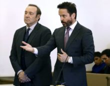 398547_sexual_misconduct_kevin_spacey_33046 9fd021b0f33a41c397ad9d75680d6d29 676x527.jpg