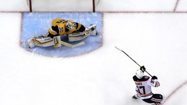 402921_matt murray connor mcdavid 676x451.jpg