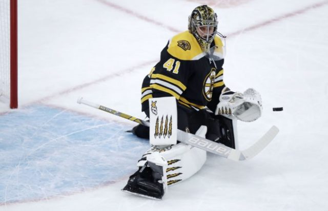 404281_jaroslav halak boston bruins nhl 676x435.jpg